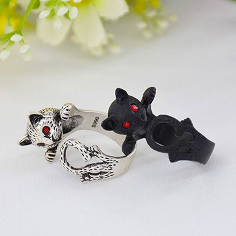 Vintage Cat Ring Silver and Black