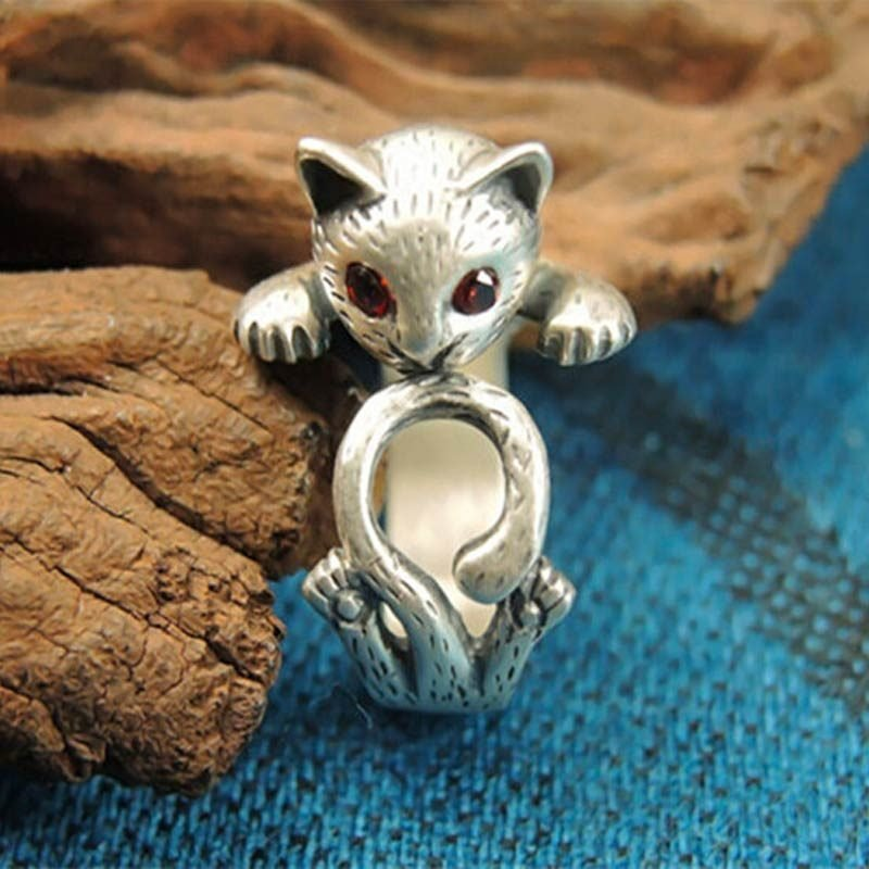 Silver Vintage Ring With Cat